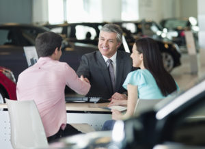 Getting auto financing at dealership